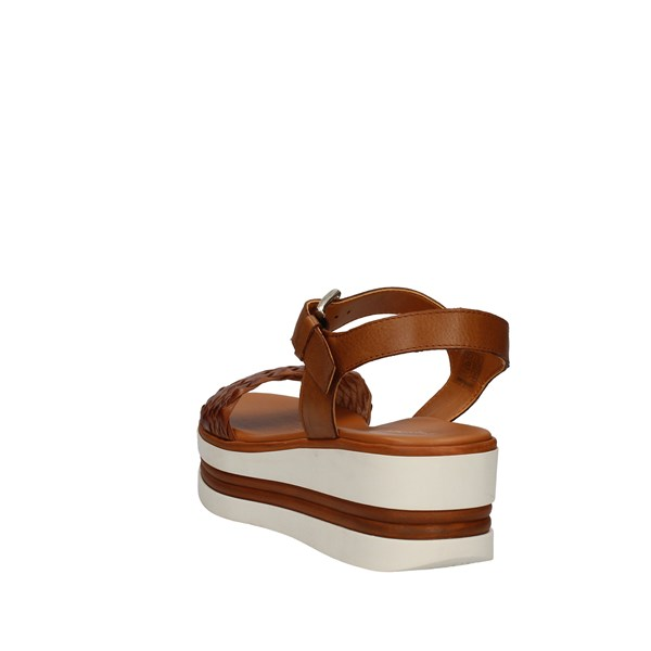 Pregunta Shoes Woman  With wedge Leather PQ6605000